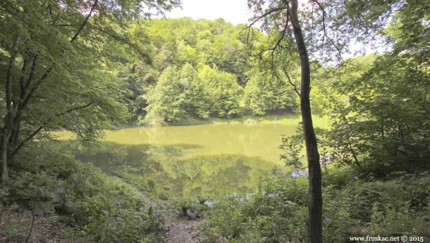 Lakes - Popovica Lake
